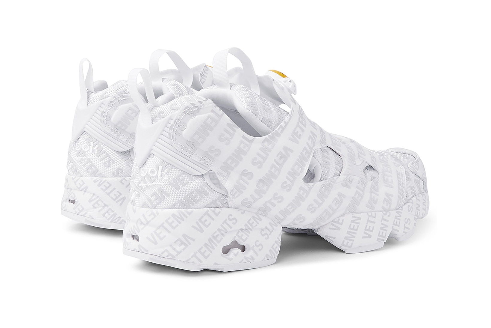 mr-porter-vetements-reebok-instapump-fury-emoji-003