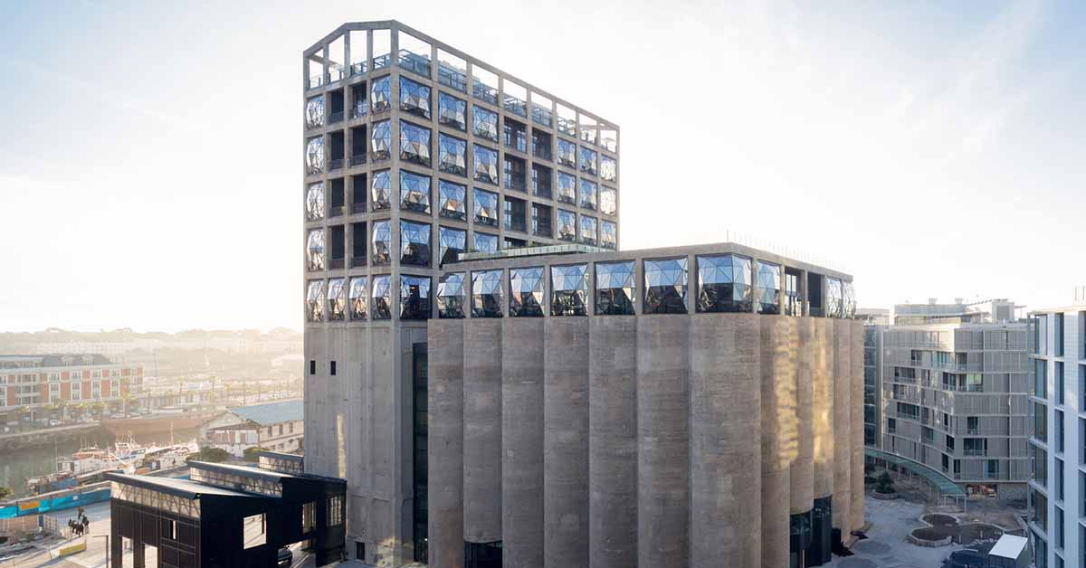 bodya_0007s_0002_776_3_HR_ZeitzMOCAA_HeatherwickStudio_Credit_Iwan_Baan_View_of_Zeitz_MOCAA_in_Silo_Square